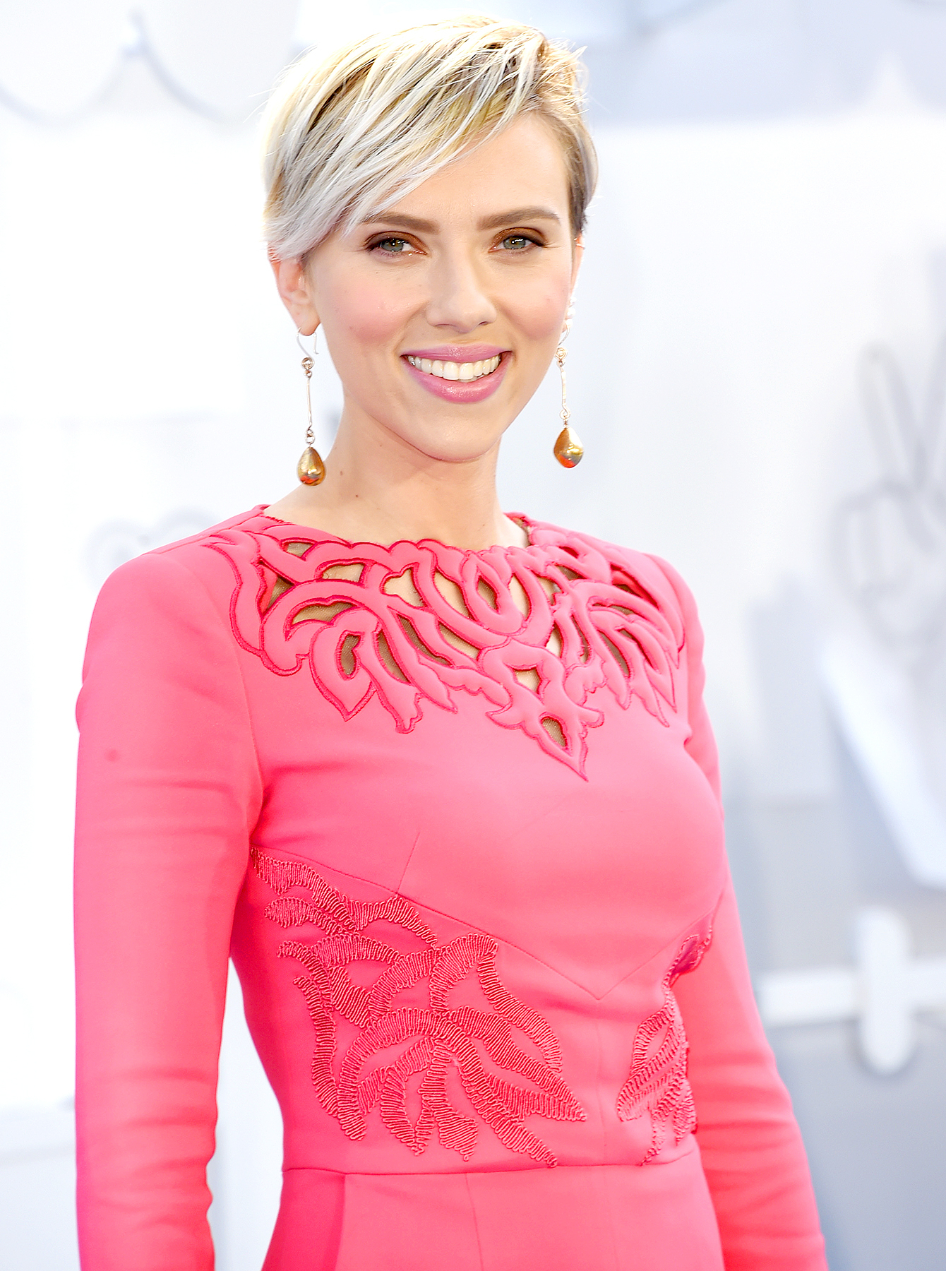 Scarlett Johansson Is Now Highest Grossing Actress Ever