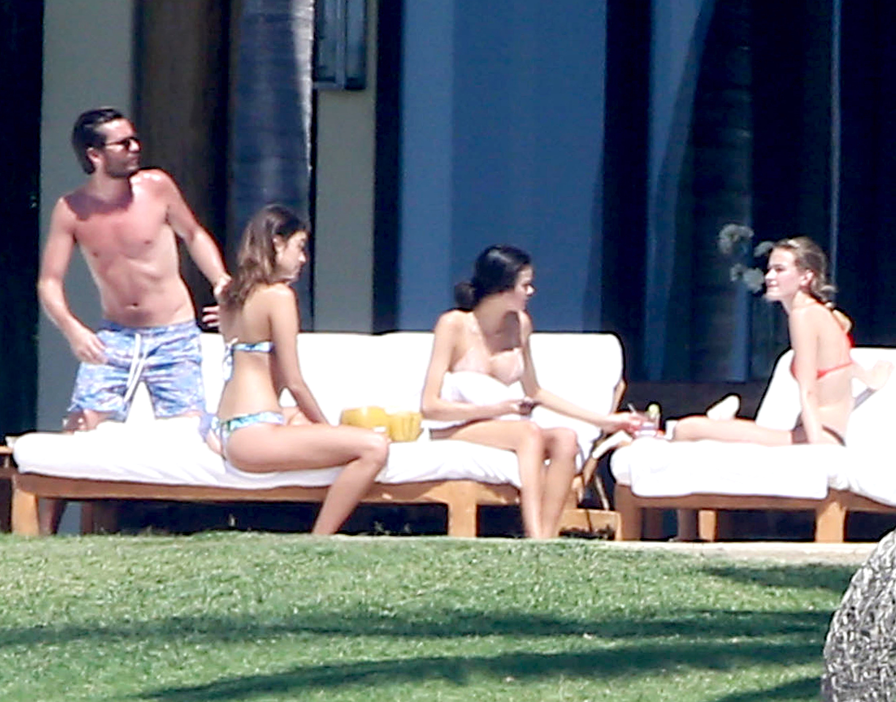 Scott Disick Is Partying in Mexico (Again) While Kourtney Kardashian Cares for Their Kids in L.A.: All the Details