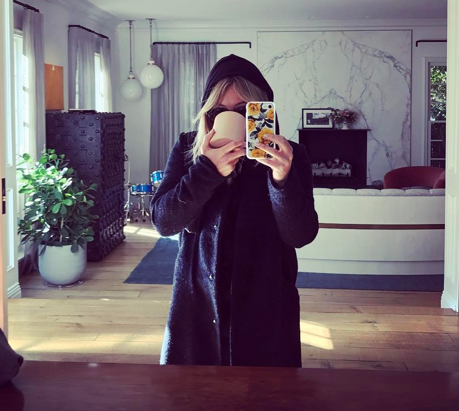 First Look: Hilary Duff Reveals Her New Cool Haircolor ... Hilary Green Instagram