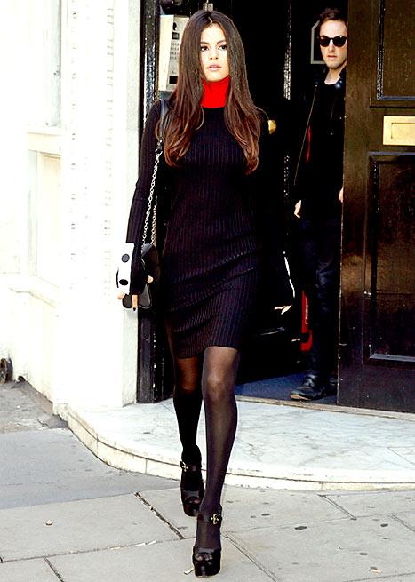 Selena Gomez - Black Dress