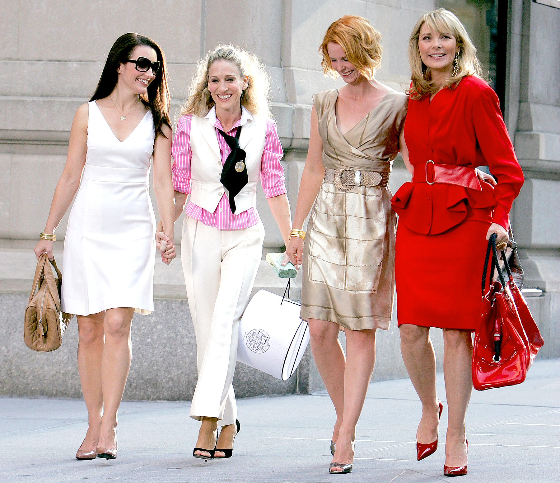 "Kristin Davis, Sarah Jessica Parker, Cynthia Nixon and Kim Cattrall on the set of ""Sex In The City: The Movie"" in New York City on September 21, 2007."