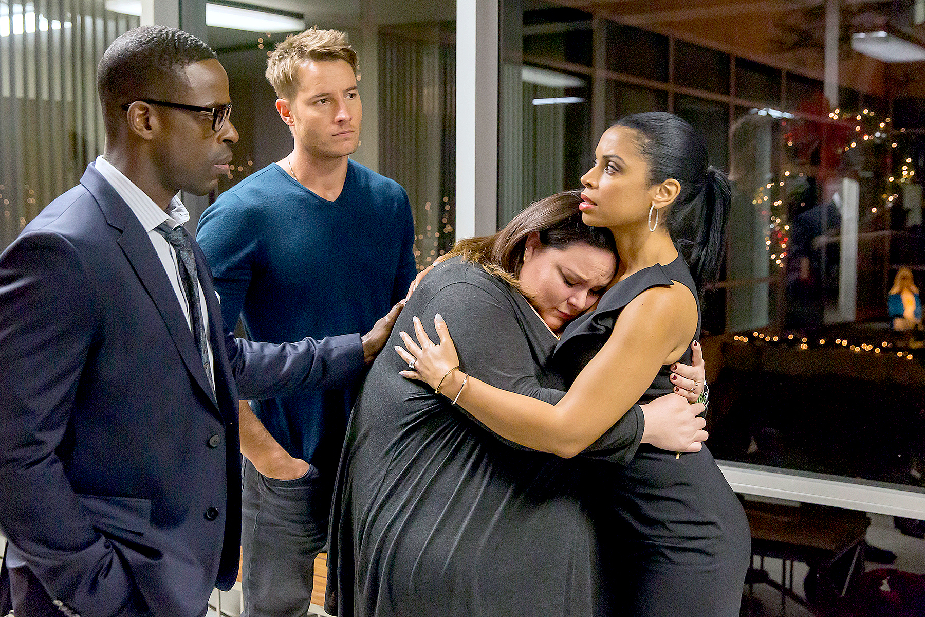 Sterling K. Brown as Randall, Justin Hartley as Kevin, Chrissy Metz as Kate, and Susan Kelechi Watson as Beth on This Is Us.
