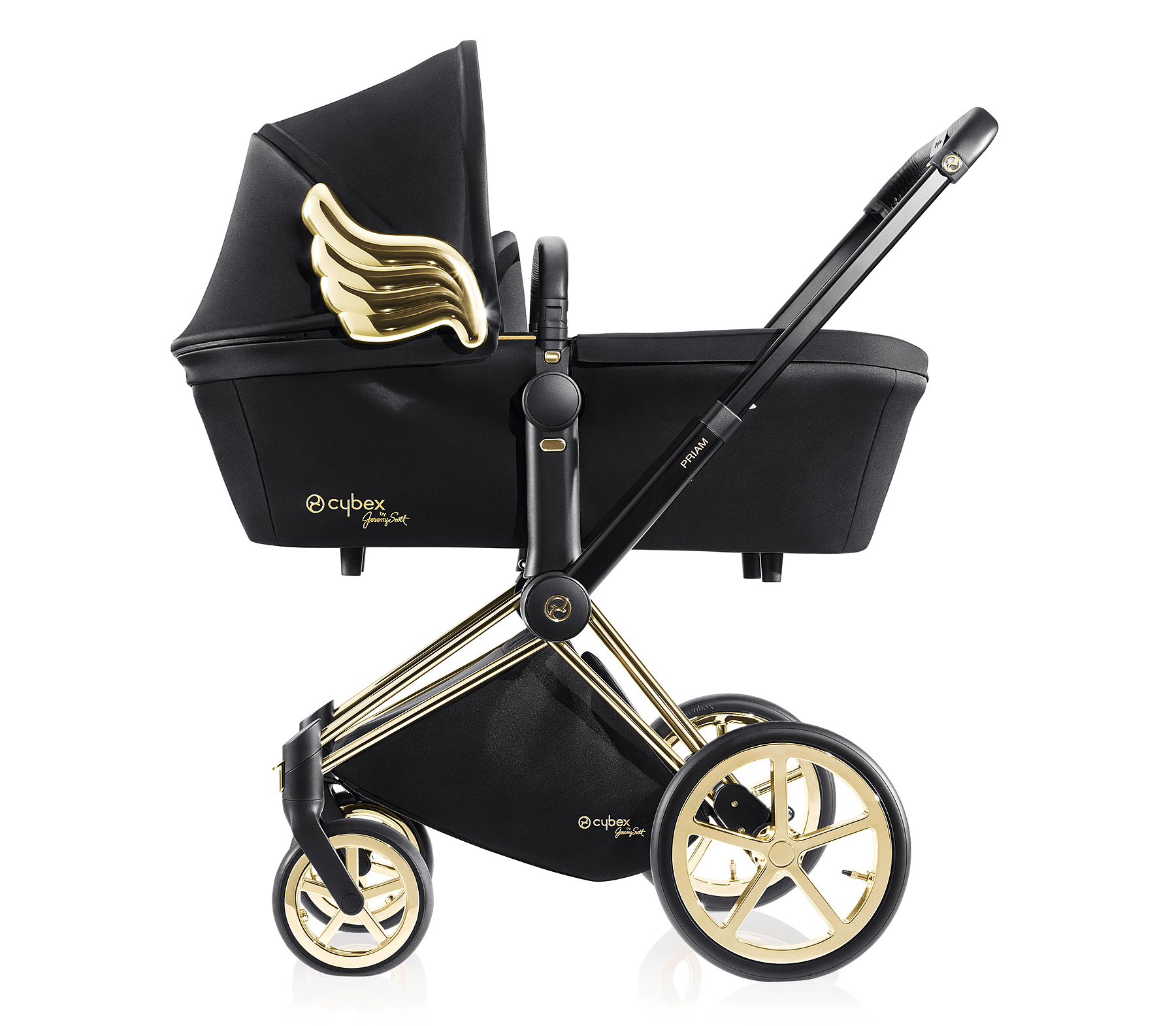 Nicky Hiltons Stroller Comes Complete With Gold Angel Wings Creative Clasic Hilton 32 And Her Banking Heir Husband James Rothschild Welcomed Their Little Girl On July 8