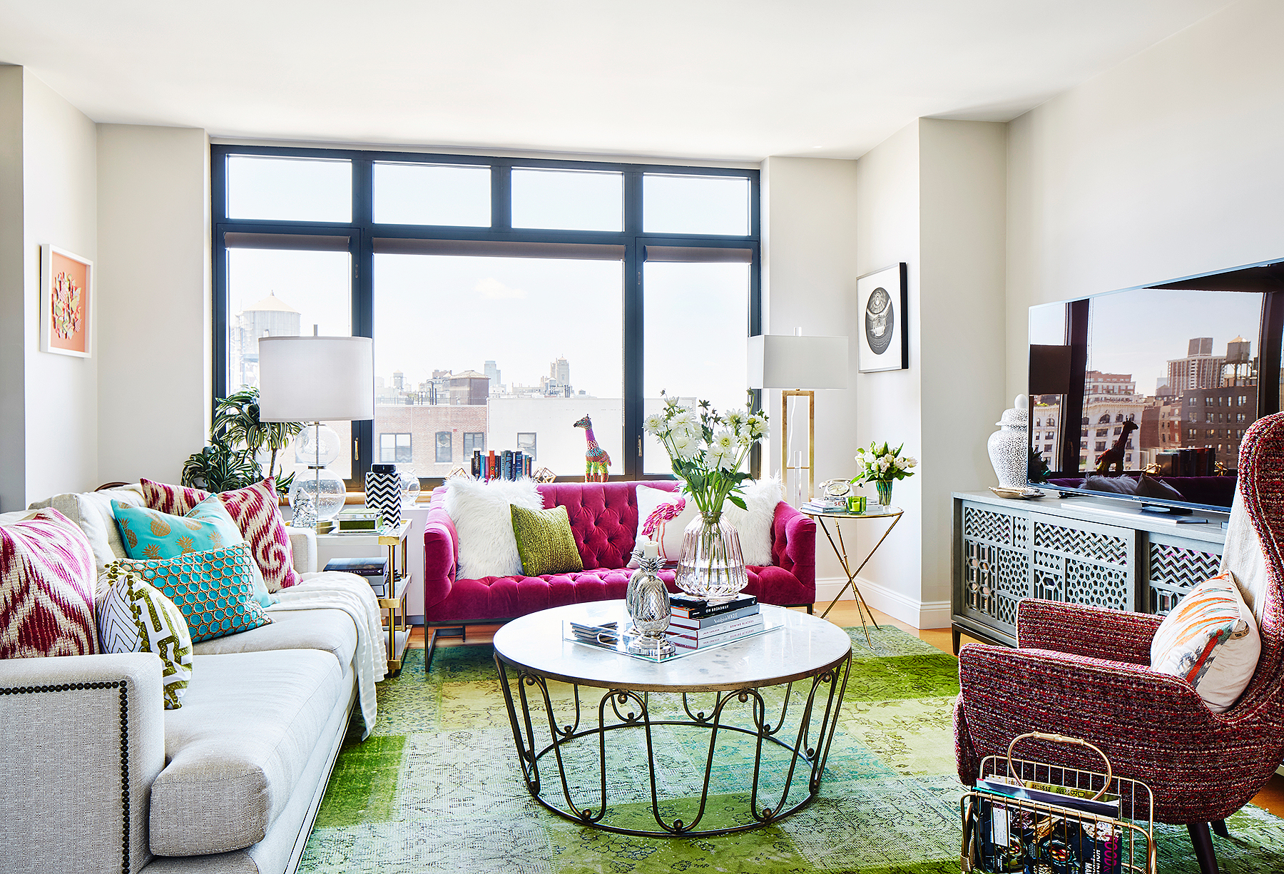 Sutton Foster's living room