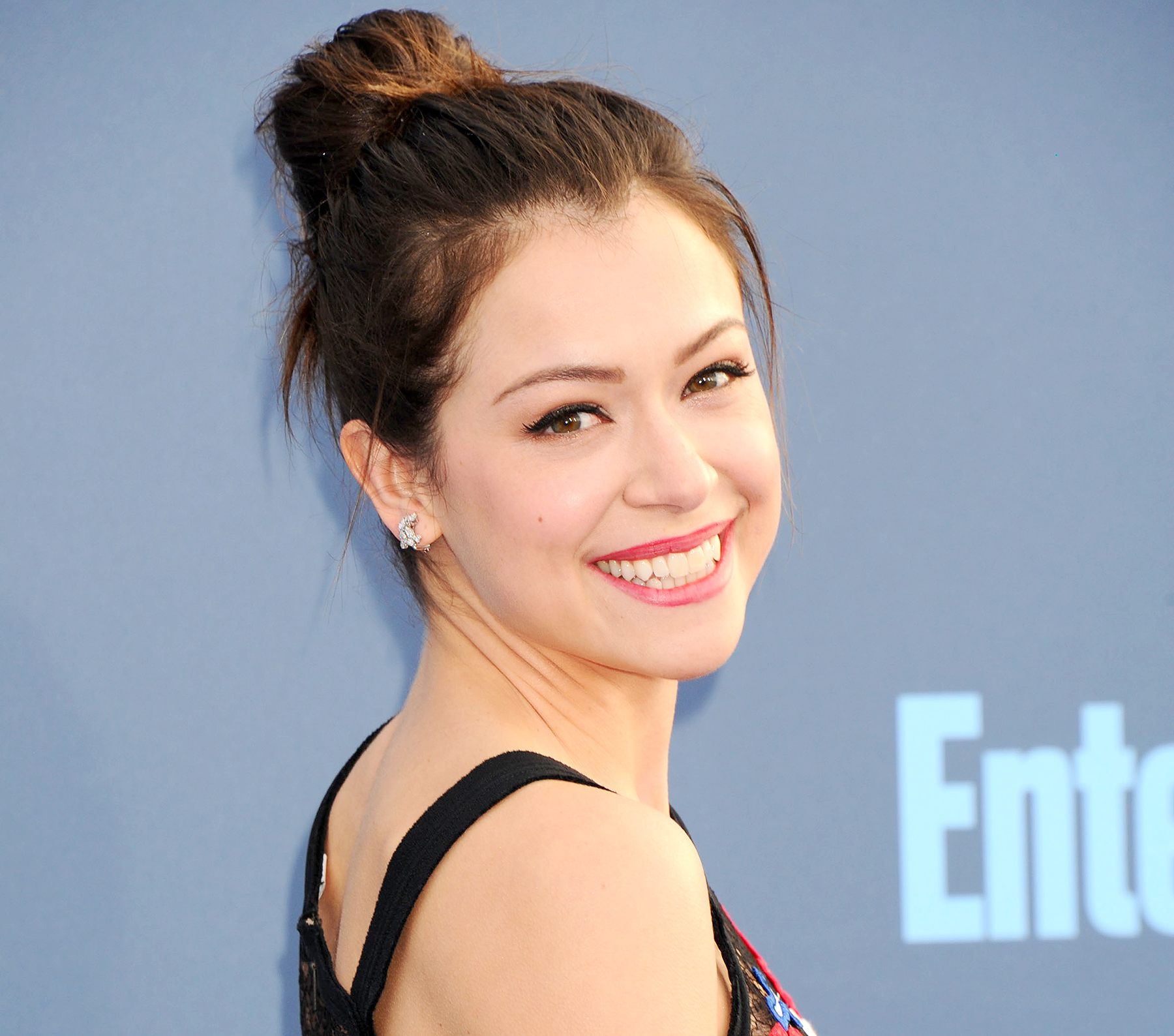 Tatiana Maslany attends the 22nd Annual Critics Choice Awards on December 11, 2016.