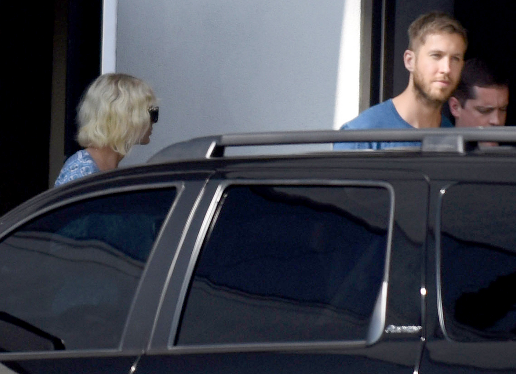 Taylor Swift and Calvin Harris arrive back in Los Angeles via private jet, after a romantic getaway in the Caribbean. The pair were seen embracing before heading their separate ways.