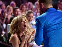 Taylor Swift, Surprised Face, Justin Timberlake, Blank Space, Best Lyrics, 2015 iHeartRadio Music Awards