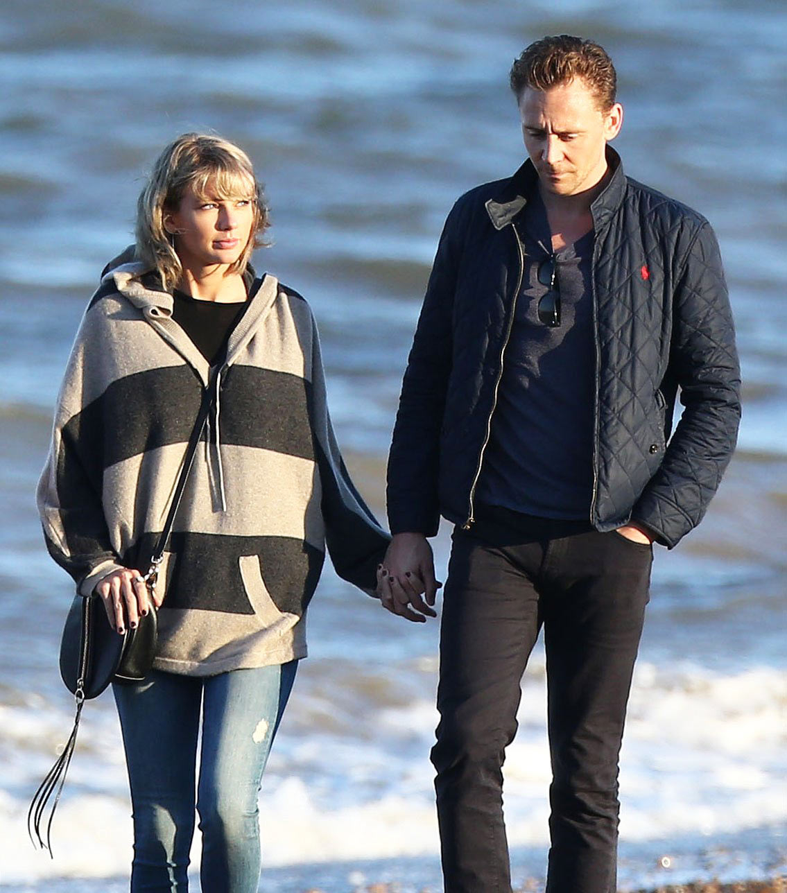 Taylor Swift Tom Hiddleston Hold Hands On Beach In England