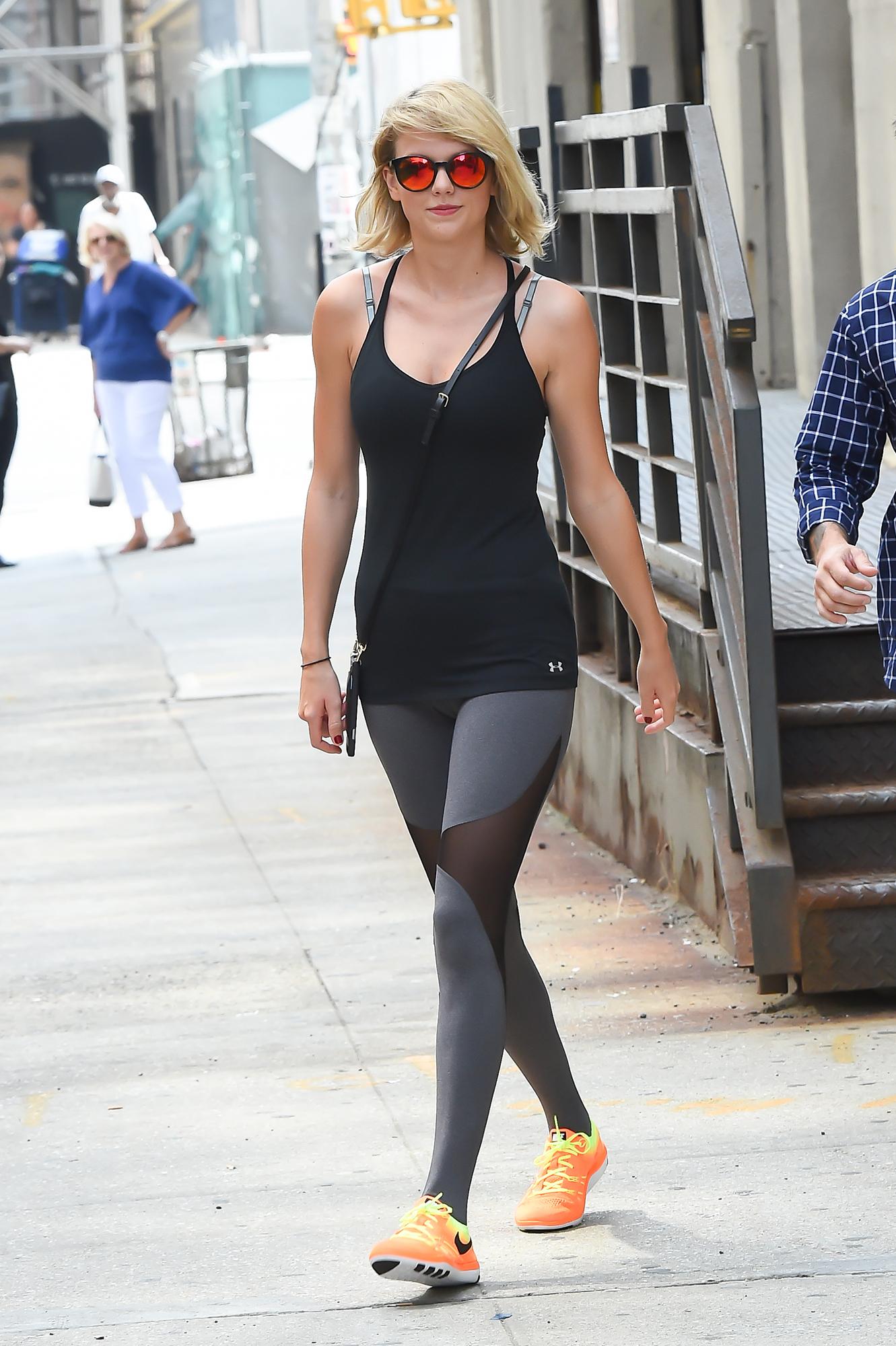 Cuota mensual Gobernador  Taylor Swift's Workout Styles, Leggings: Details