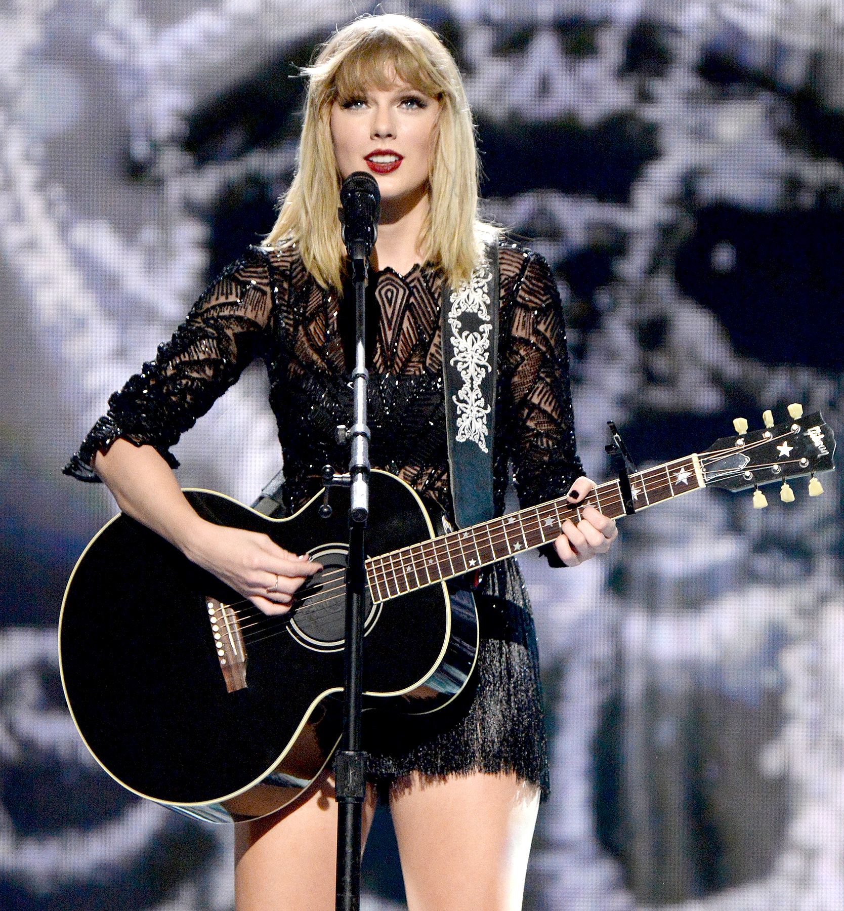 Taylor Swift performs onstage during the 2017 DIRECTV NOW Super Saturday Night Concert at Club Nomadic on February 4, 2017 in Houston, Texas.