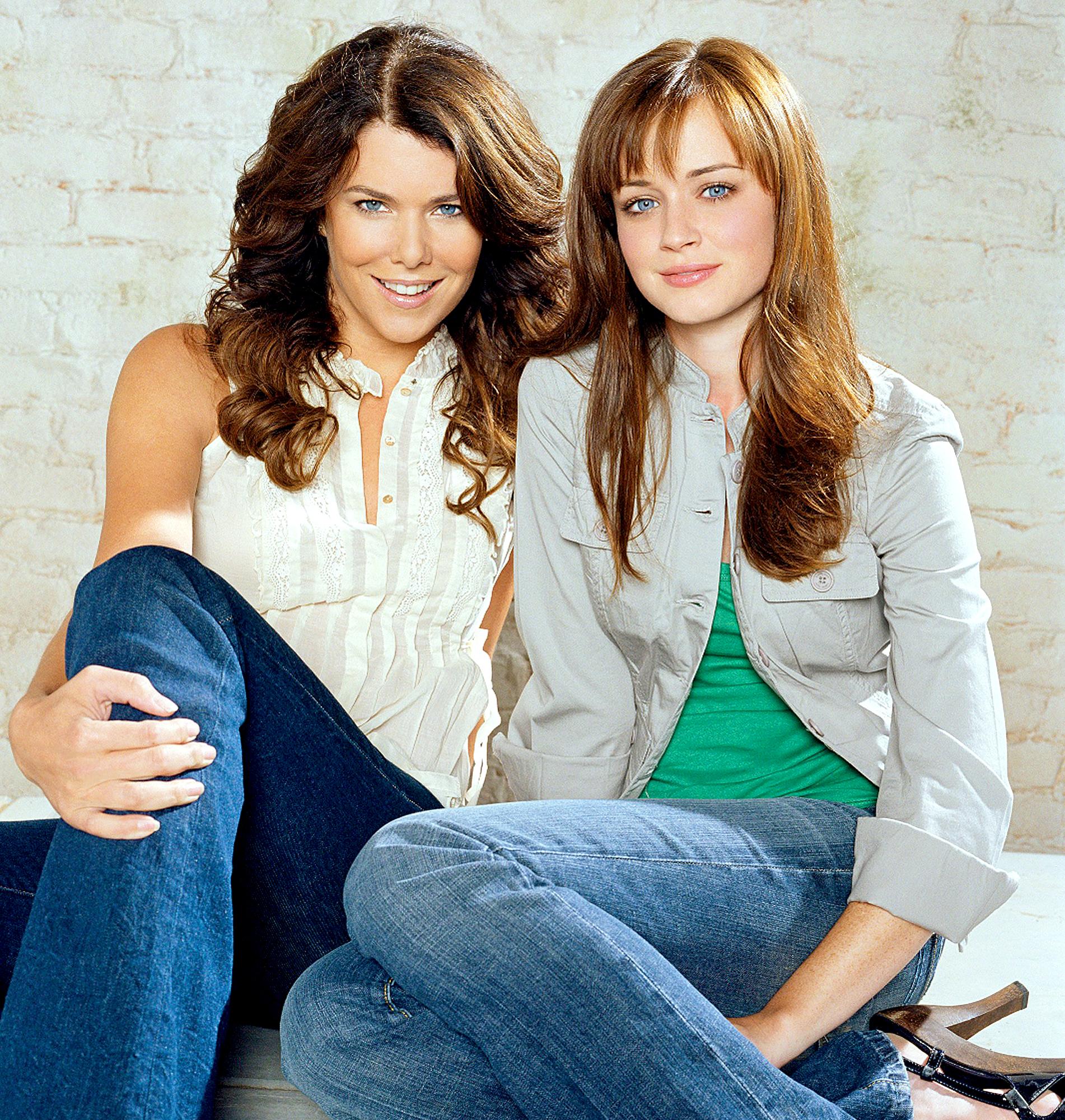 Lauren Graham and Alexis Bledel