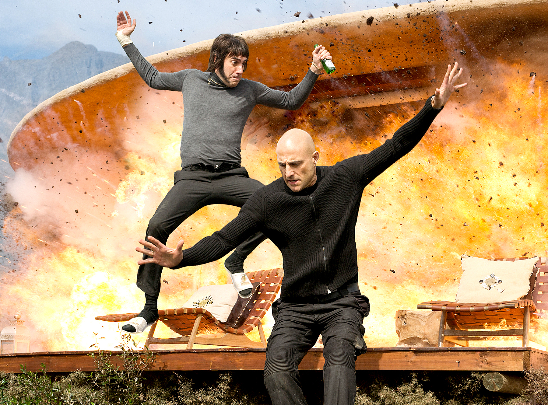 Sacha Baron Cohen and Mark Strong in The Brothers Grimsby.