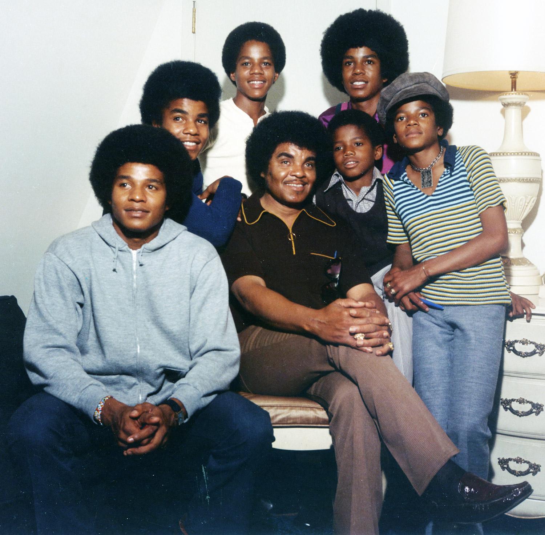 Jackie Jackson, Tito Jackson, Marlon Jackson, Jermaine Jackson, Michael Jackson, Randy Jackson, Joe Jackson