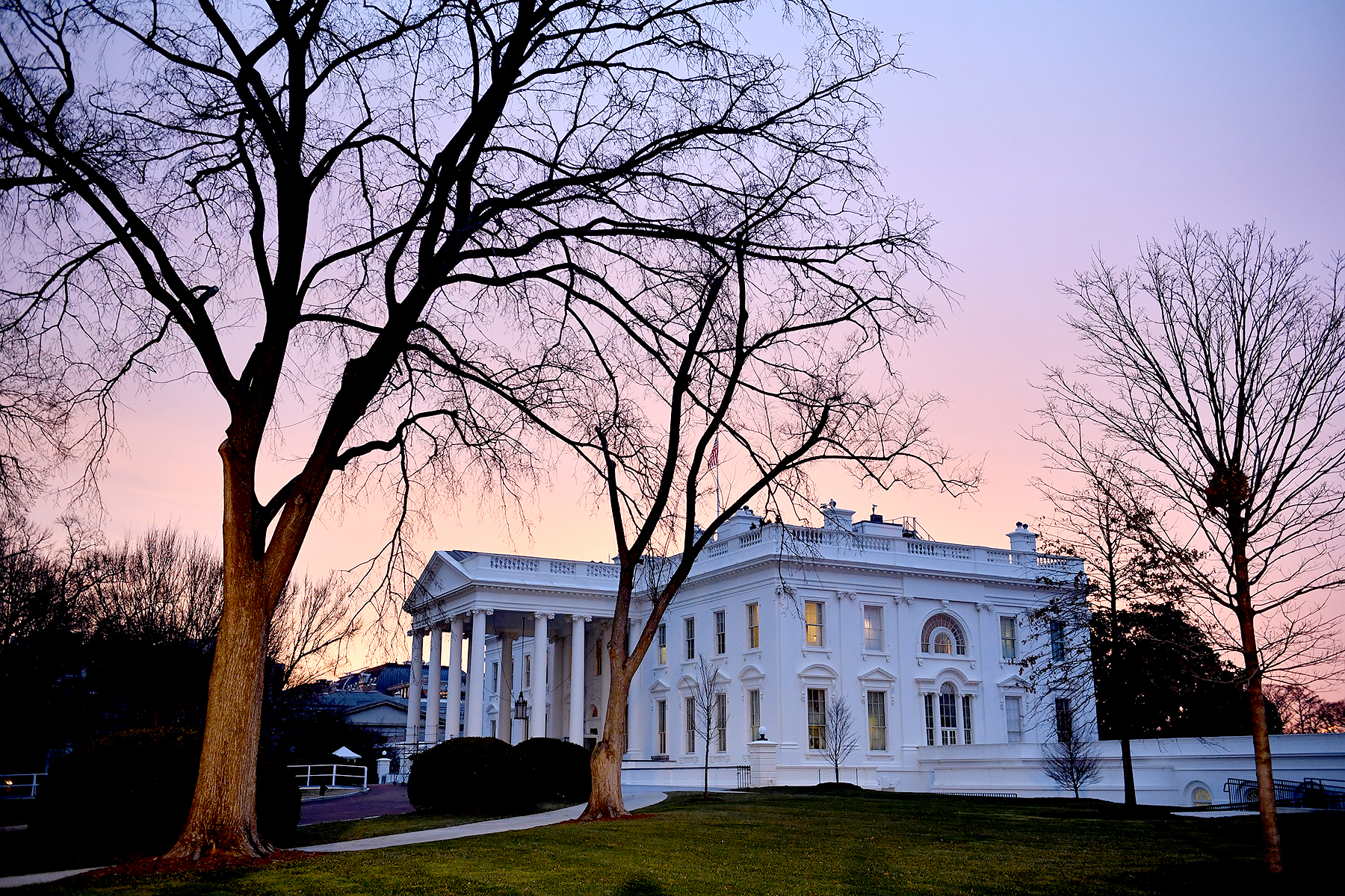 Dawn breaks behind the White House as the nation prepares for the inauguration of President-elect Donald Trump on January 20, 2017 in Washington, D.C.