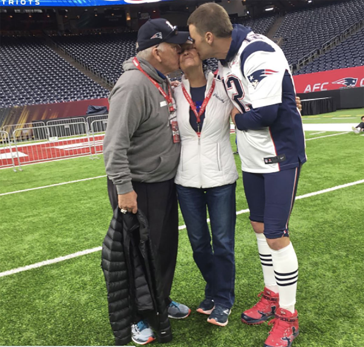 Tom Brady posted a photo to his Instagram account with his mom and dad ahead of the big Super Bowl game