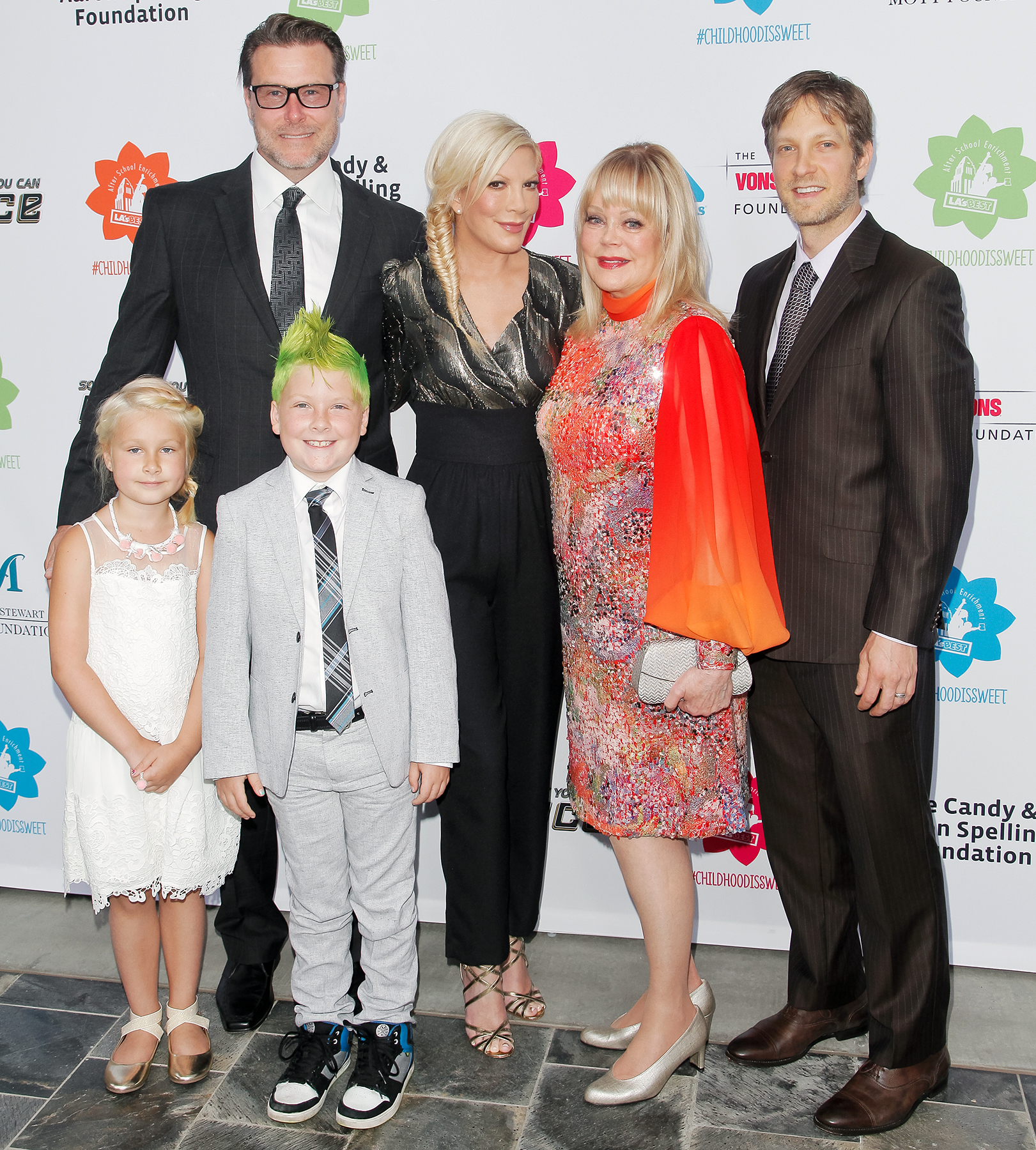 Tori Spelling Dean McDermott Liam Stella Candy Spelling Randy Spelling - McDermott and Spelling took their children to L.A'. s BEST Annual Family Dinner 2015 at Skirball Cultural Center on June 27, 2015, in Los Angeles, along with her mother and brother, Candy and Randy Spelling.