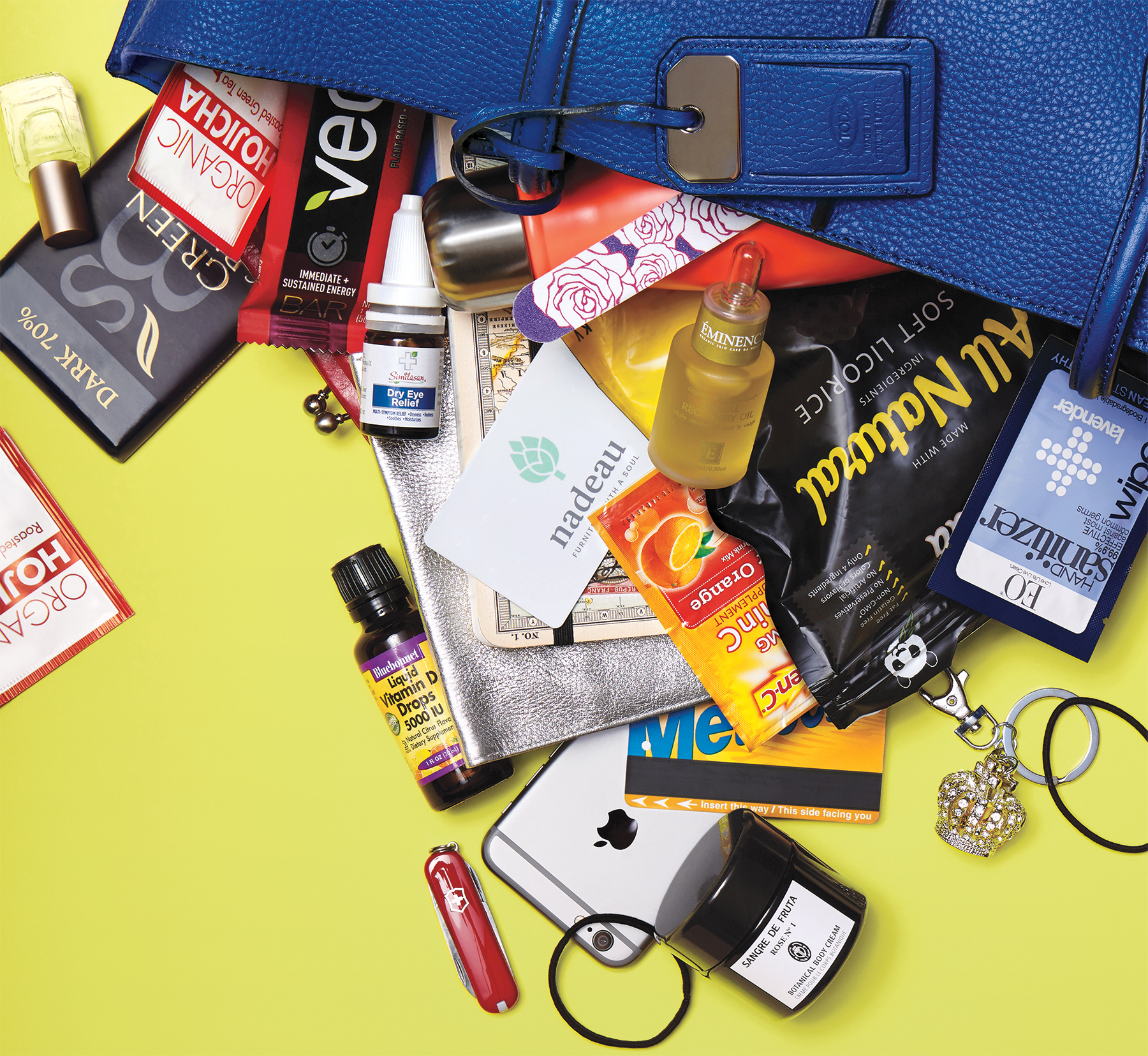 Jennifer Beals' What's in My Bag