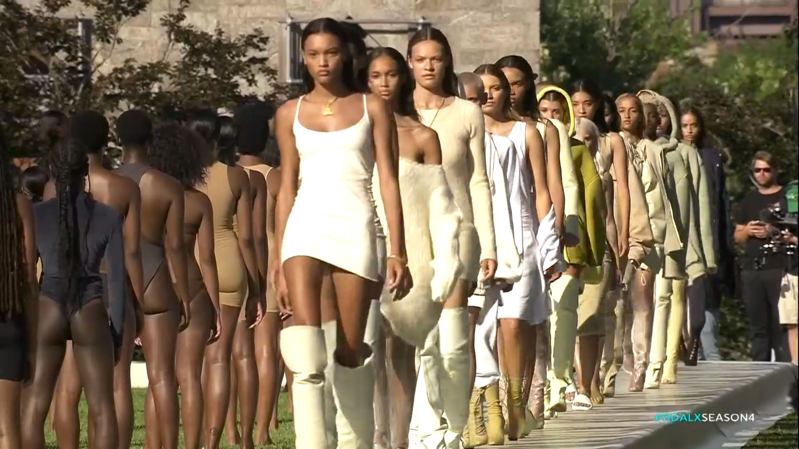 3bd7a79970994 Kanye West s Yeezy Season 4 collection debuted at NYFW 2016 on Wednesday