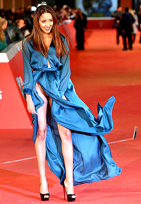 How to Handle the Ultimate Red Carpet Wardrobe Malfunction